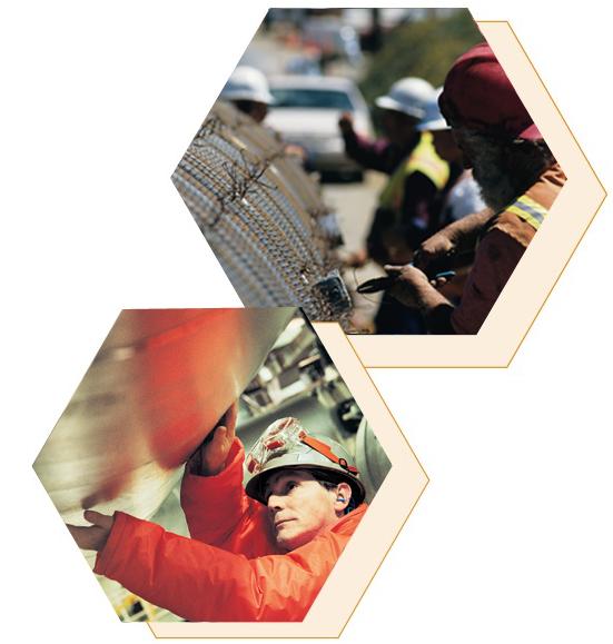 ¿Qué hace un ingeniero en petróleo? Trabaja con la última tecnología, Analiza campos de petróleo y gas para determinar su dimensión, Determina los métodos de perforación, Monitorea la perforación y la producción en pozos de petróleo y gas, Diseña equipos y procesos para maximizar la recuperación de petróleo y gas, Tipos de trabajos en ingeniería en petróleo, Ingeniero en perforación, Ingeniero en producción, Ingeniero de yacimientos, Ingeniero en ejecución, Ingeniero ambiental ¡y muchos más!
